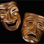 """""""Benvenuti a teatro. Dove tutto è finto ma niente è falso.."""" - Gigi Proietti"""